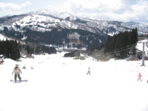スキー場のリフト券売り場に並ばなくて良くなる裏ワザ!