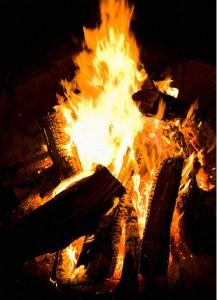 秋の焚き火を上手に楽しむ裏ワザ!