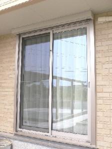 年末大掃除!窓ガラスをピカピカにする裏ワザ!